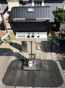 Broilmaster P3SX Grill with Stainless Steel Patio Base and Cover -- USED ONLY ONCE!! Regular Retail - $1771.00 DEMO PRICE - $1395.00